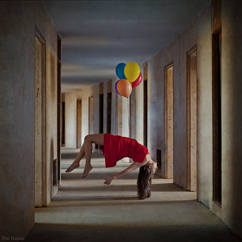 woman, color, balloons, pini hamou