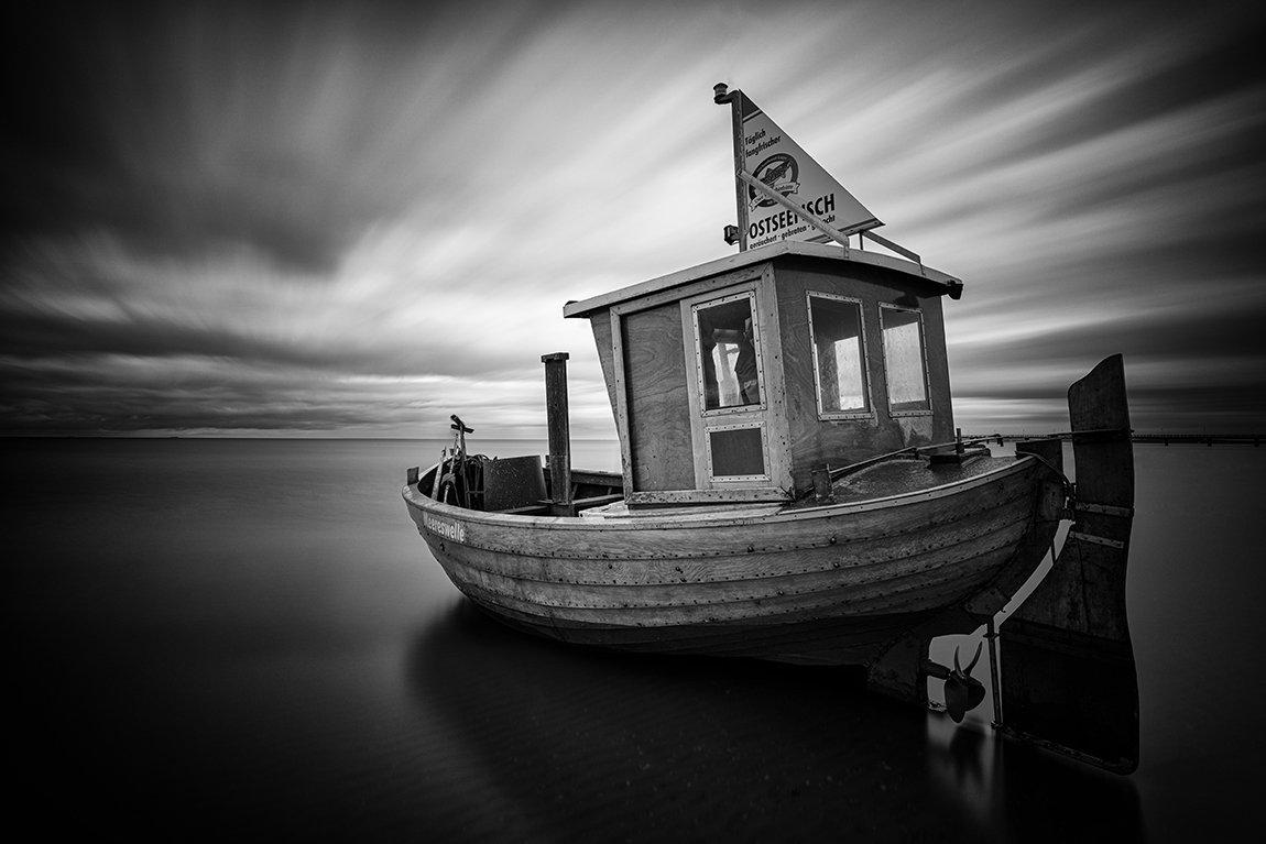 fishing boat, sea, black and white, sky, clouds, long exposure, Tichý Ondřej
