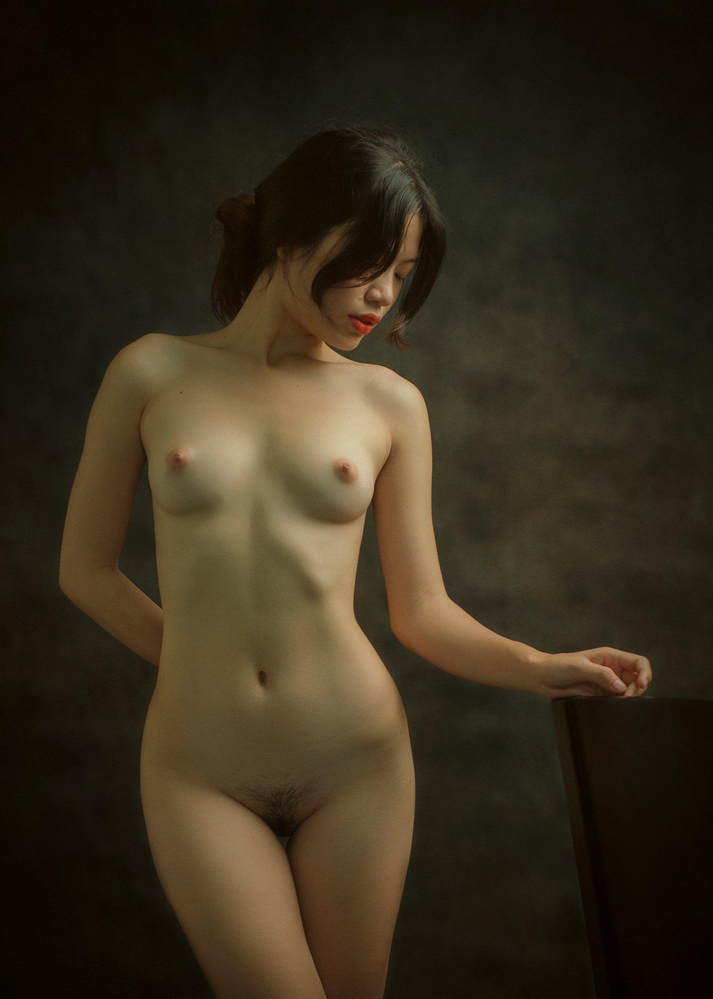 portrait, female, woman, girl, asian, vietnam, vietnamese, young, beauty, glamour, nude, fine nude, light, studio, mood, Hoang Viet Nguyen