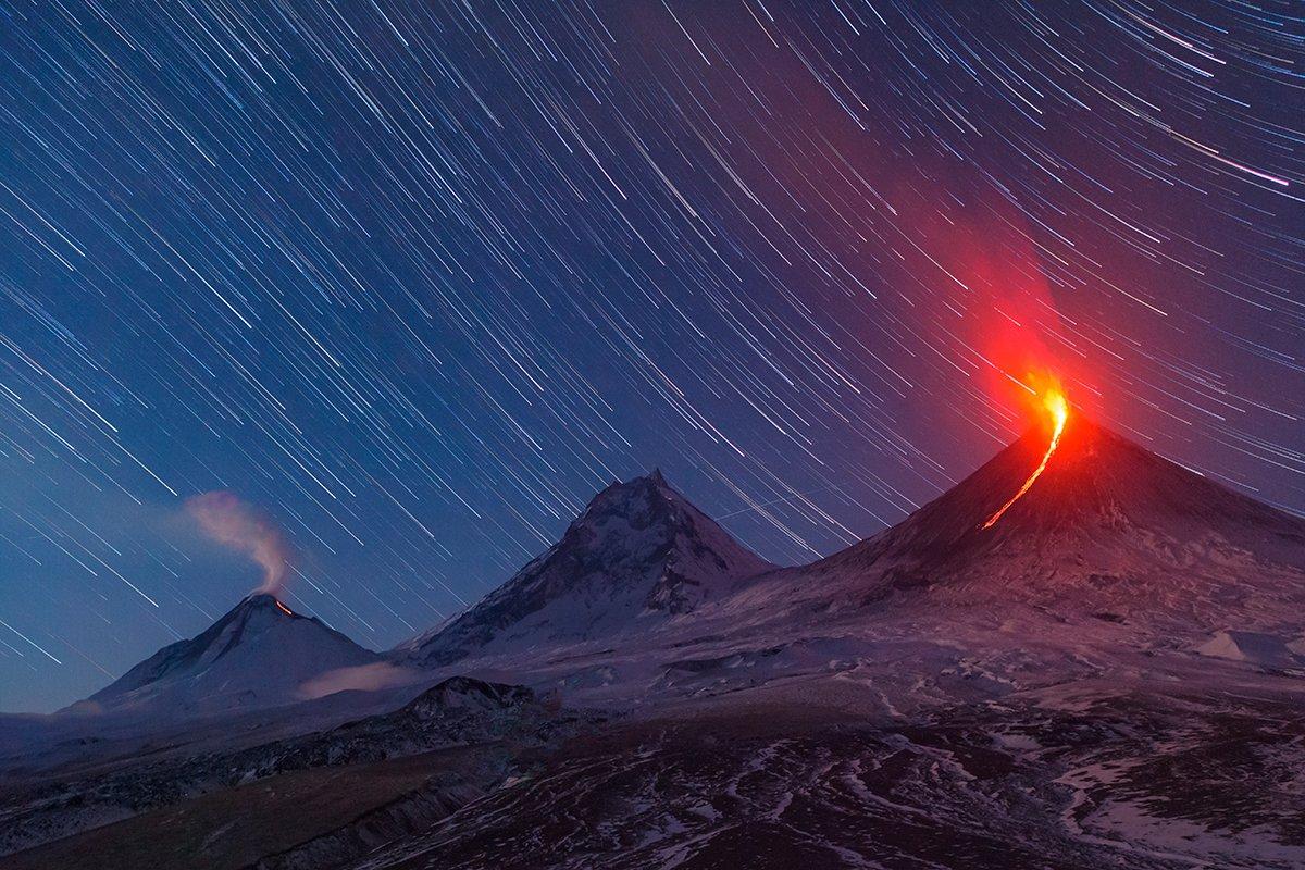 Камчатка, вулкан, извержение, пейзаж, фототур, путешествие, лава, ночь, звезды, природа, Денис Будьков