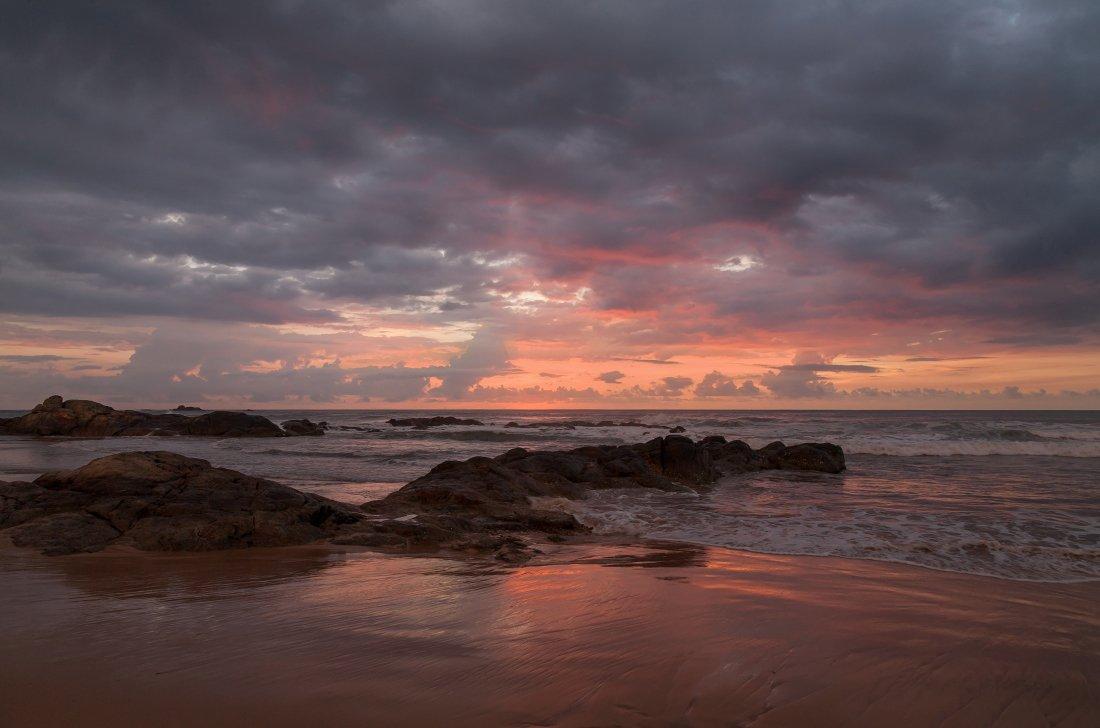 песок, океан, камни, отражения, облака, закат, шри ланка, Георгий Машковцев