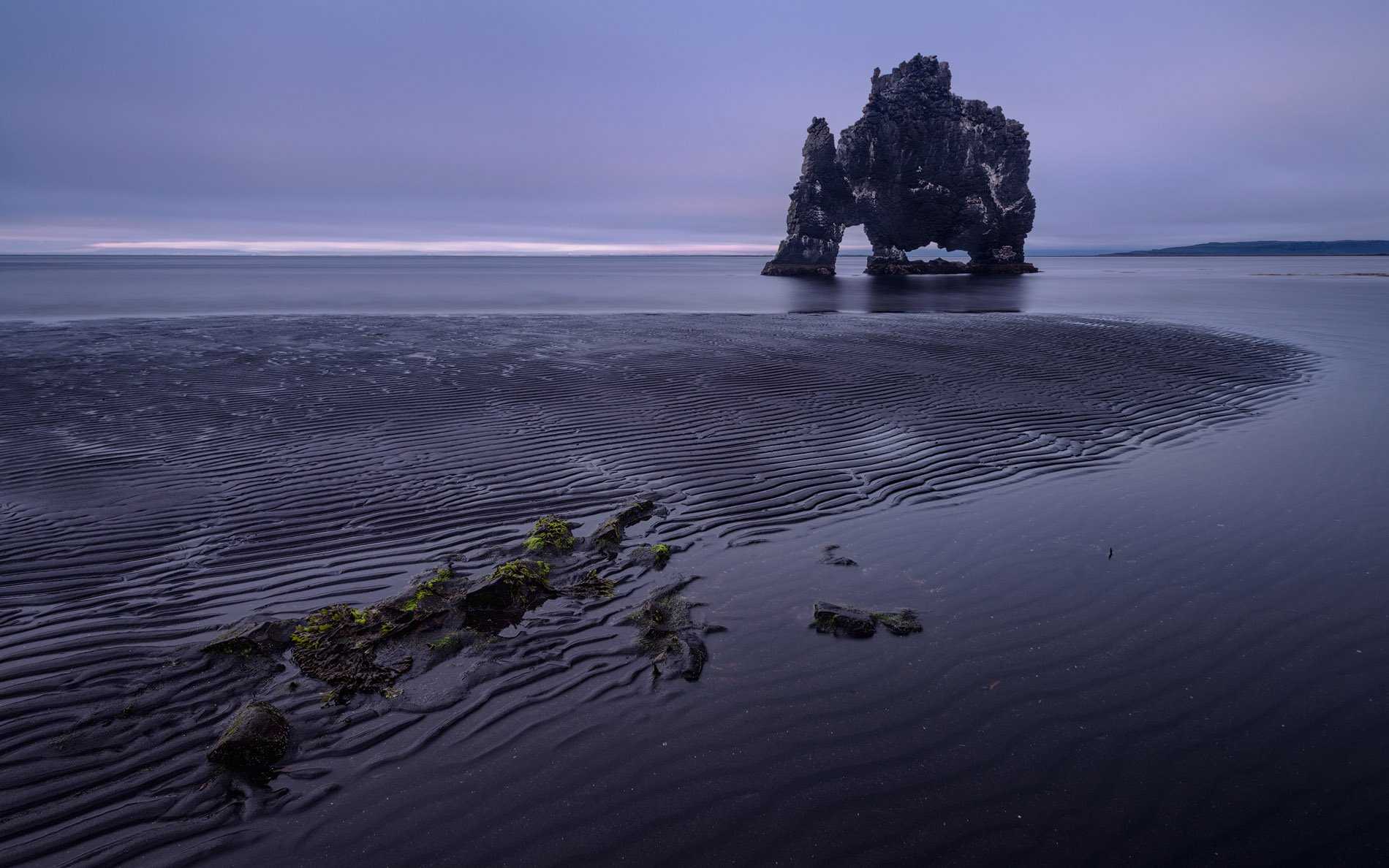 hvitserkur, sea, stock., iceland., Майк Рейфман