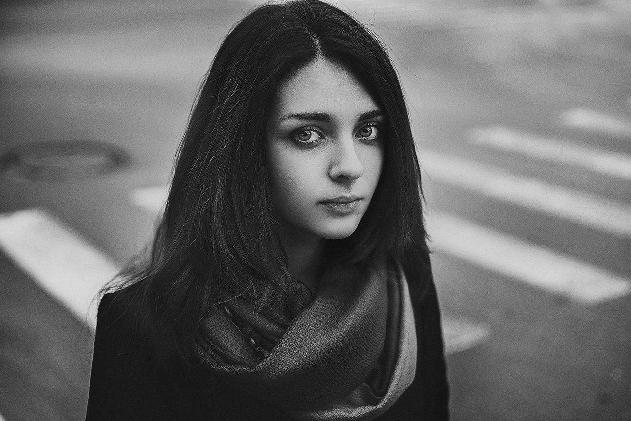Портрет девушки, Jonny Symmetry