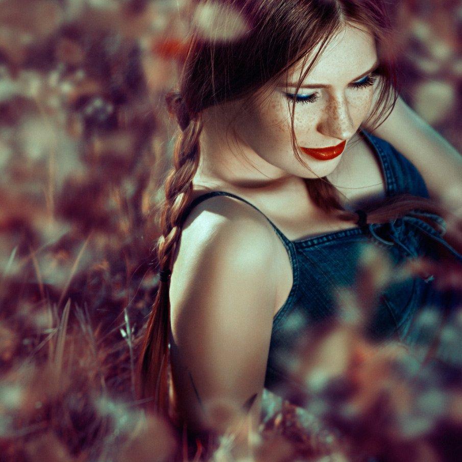 daydreams, flowers, grass, olga tkachenko, outdoors, people, portrait, square, sunlight, Olga Tkachenko