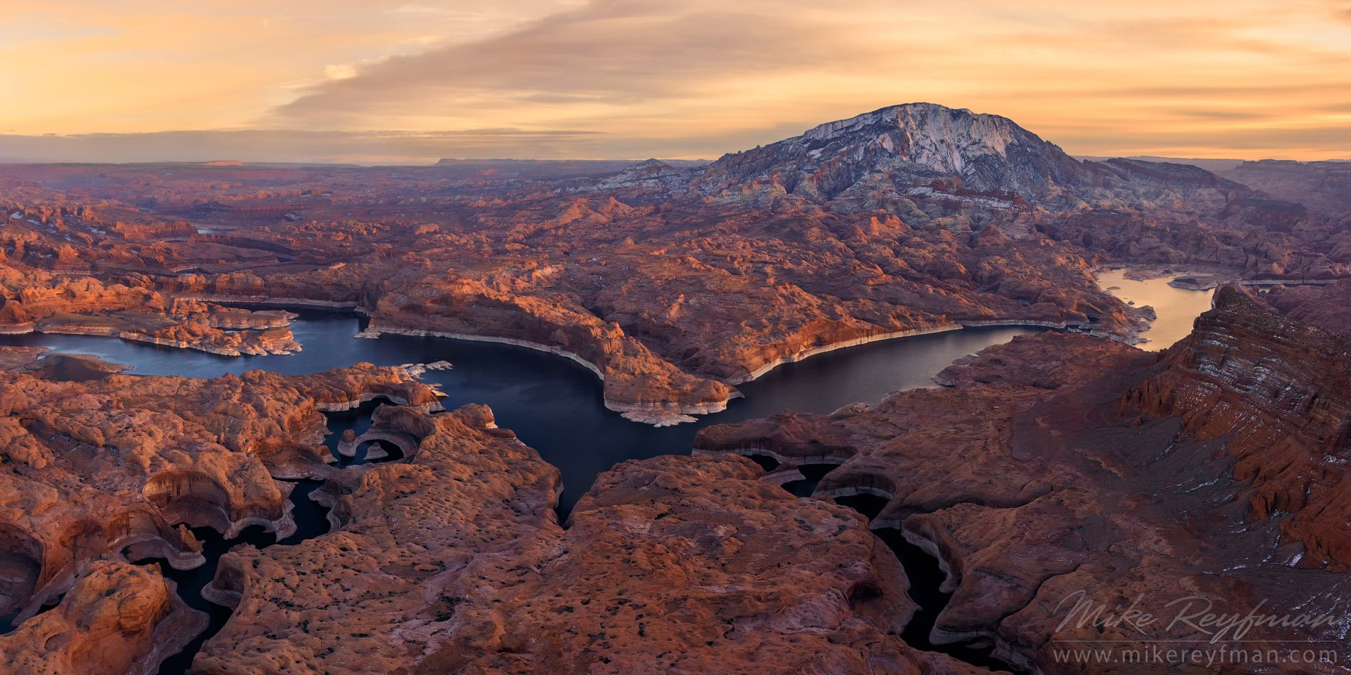 lake powell. reflection canyon. colorado river, navajo mountain, uta, arizona, aerial, panorama, Майк Рейфман