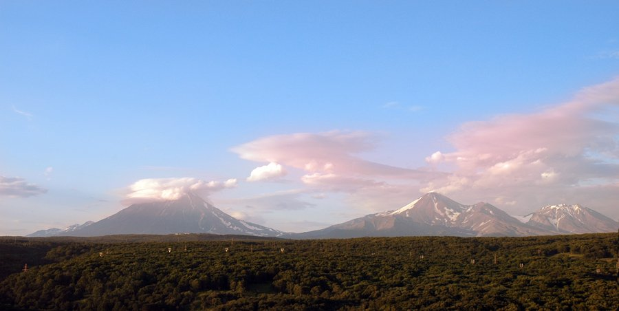 камчатка,вулканы,небо,лес, Евгений Пугачев.