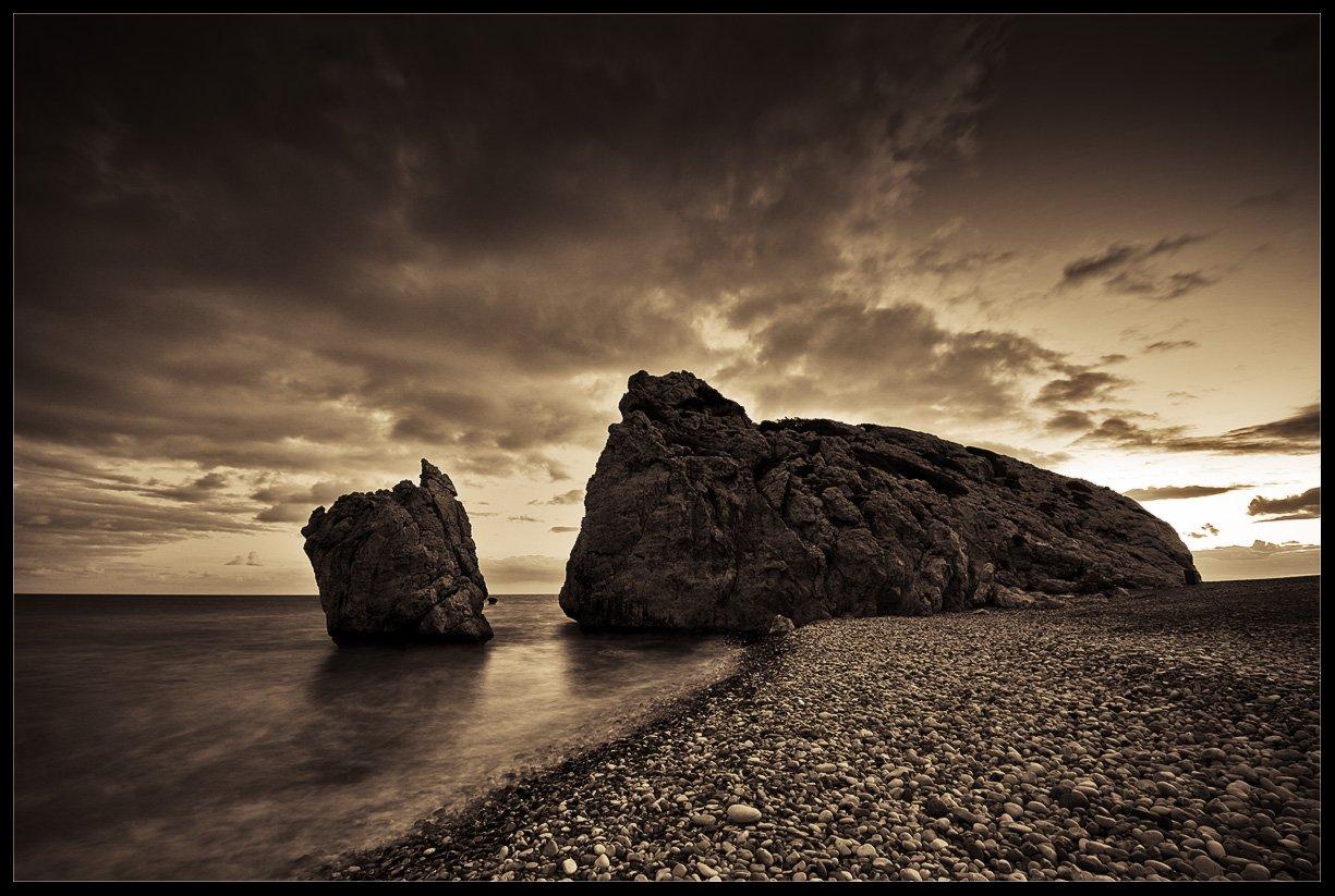 кипр,пляж афродиты,море,пейзаж,природа,камни,сумерки, Александр Константинов