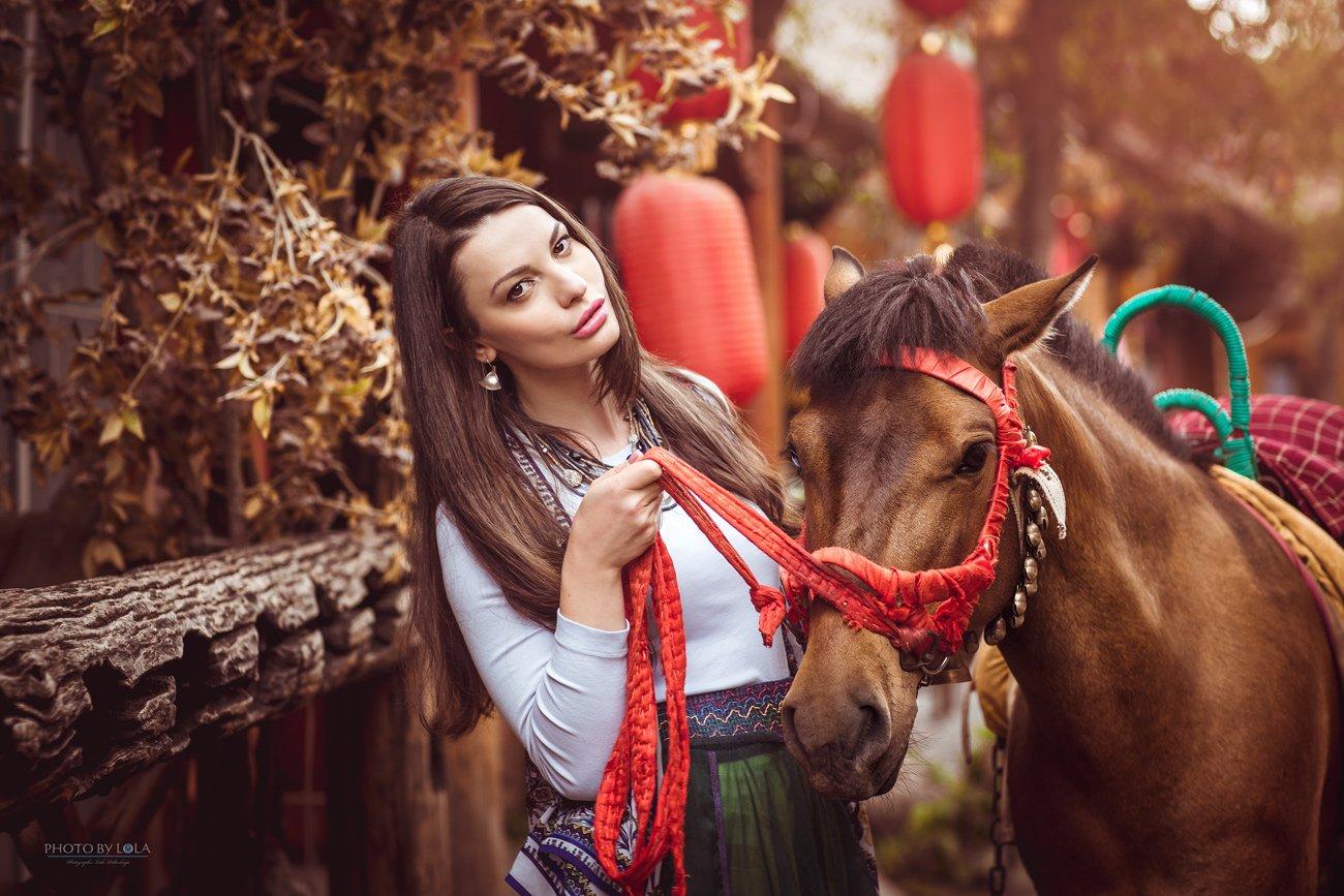 , Лола Пидлуская