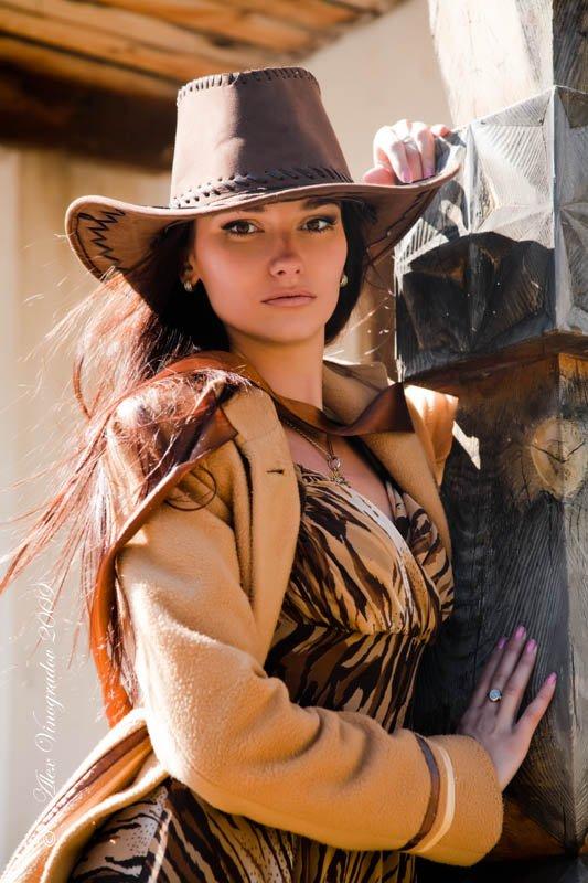 в ожидании, ковбоя, шляпа, лента, пальто, дикий запад, ранчо,, Alex Vinogradov
