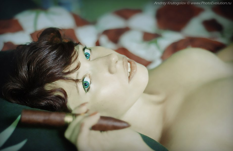 мания, огонь, взгляд, желание, возбуждение, секс, эротика, красота, портрет, курить, сигара, удовольствие, Андрей Крутоголов