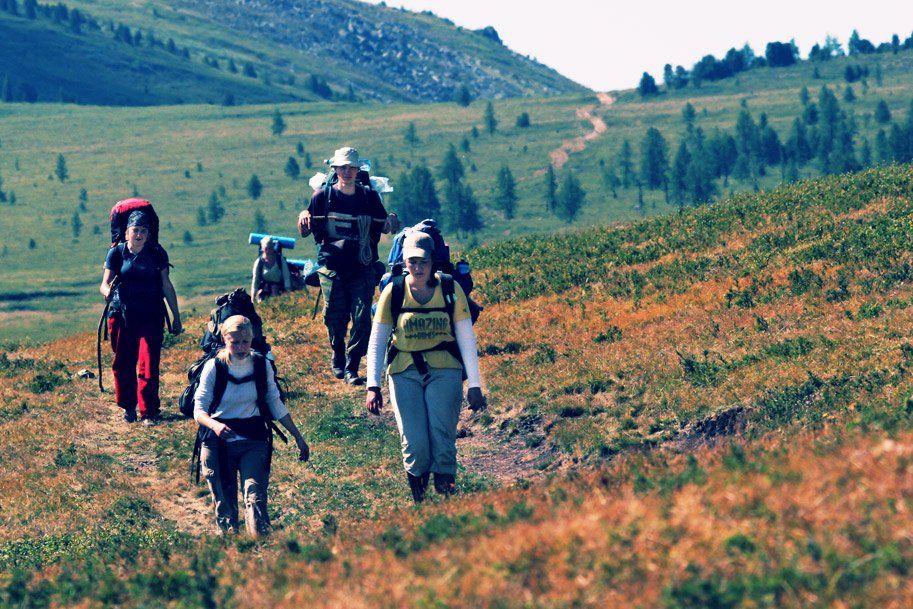 hills, tourist, syberia, journey, sun, жара, возвышенность, горы, сибирь, алтай, путешествие, горный туризм, туристы, Дмитрий Морозов