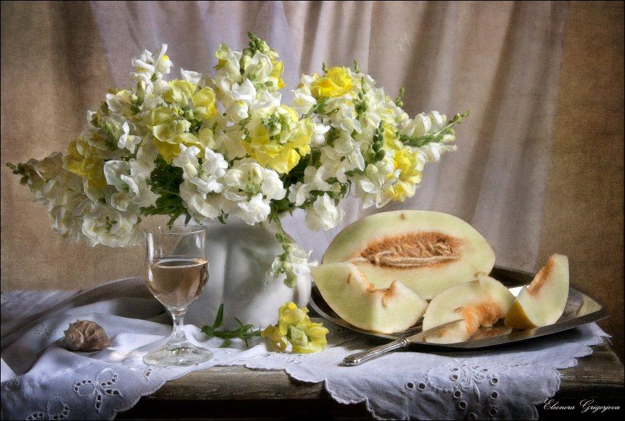 вино, дыня, левкои, лето, натюрморт, цветы, Eleonora Grigorjeva
