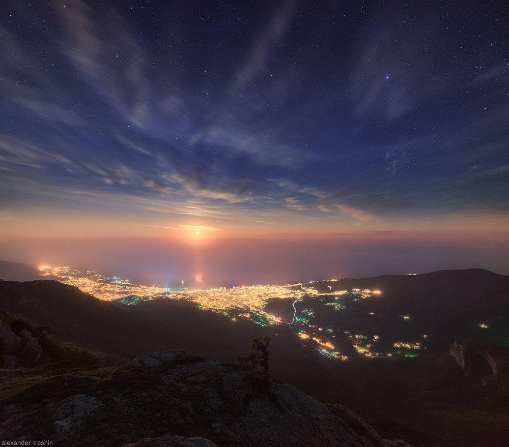 горный пейзаж, крым, крымские горы, ночной пейзаж, пейзаж, ялта, Александр Трашин