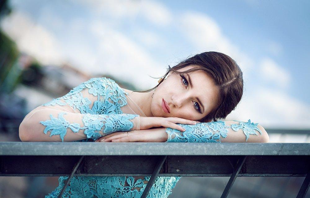 portrait beauty retouch bokeh dress, Peter Apostolov