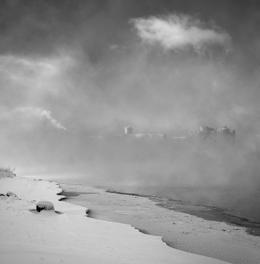 берег, город, енисей, зима, квадрат, красноярск, пар, пейзаж, плотный, плыть, река, сибирь, туман, чб, Дмитрий Антипов