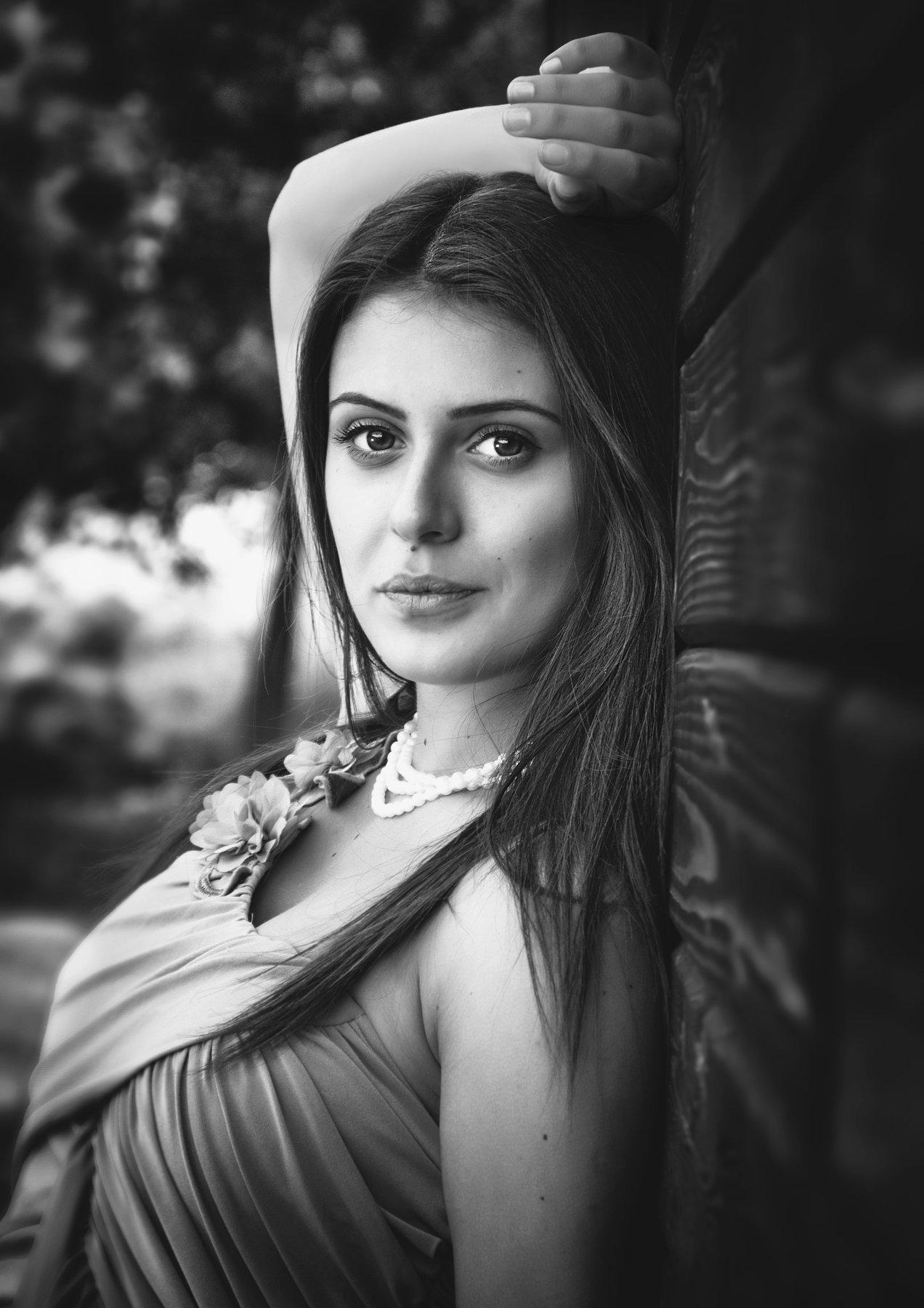 amazing, beautiful, beauty, black & white, edina csoka, girl, gorgeous, jozefkiss.com, lovely, portrait, pretty, young, Jozef Kiss