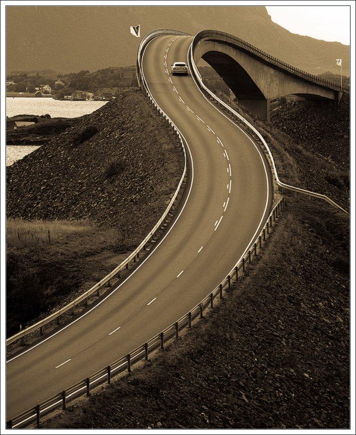 atlanterhavsveien, atlantic road, bridge, norway, storseisund bridge, Автобан, Автомобиль, Зигзаг, Монохром, мост, норвегия, Пейзаж, Поворот, Природа, Путешествия, северо-атлантическая дорога, Транспорт, Александр Константинов