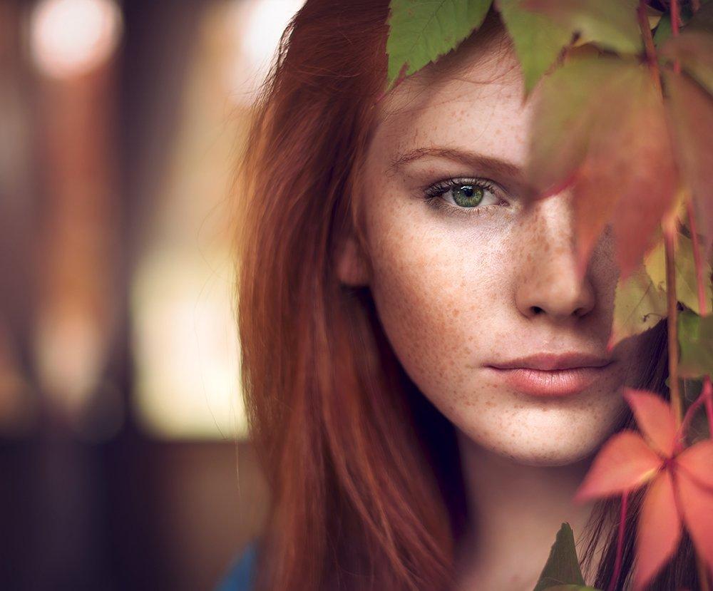 portrait , girl , red hair , mood , autumn ,портрет , женщина , осень , тень , светь ,зеление глаза , Таня  Маркова