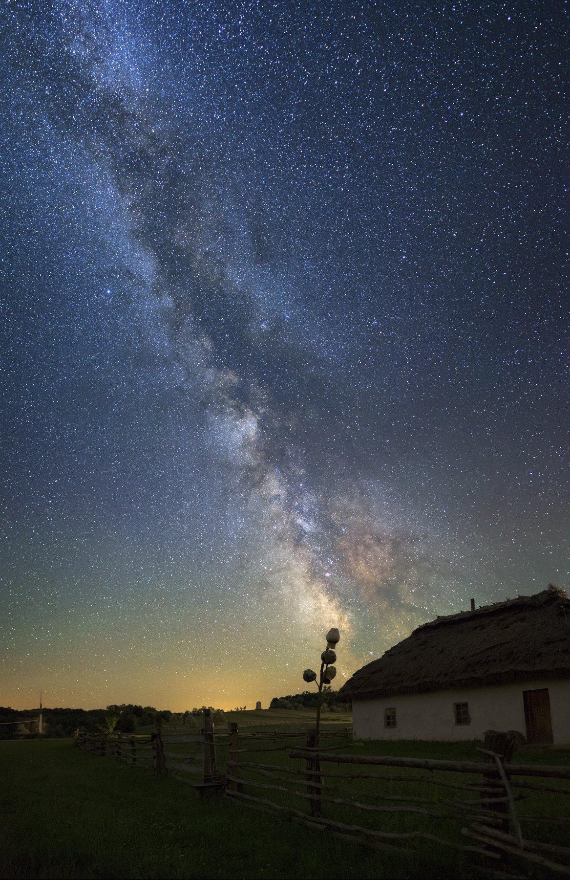 ночь, дом, изба, старина, звезды, Млечный путь, ночной пейзаж, night, stars, milky way, nightscape, old house, Валентин Гайдай