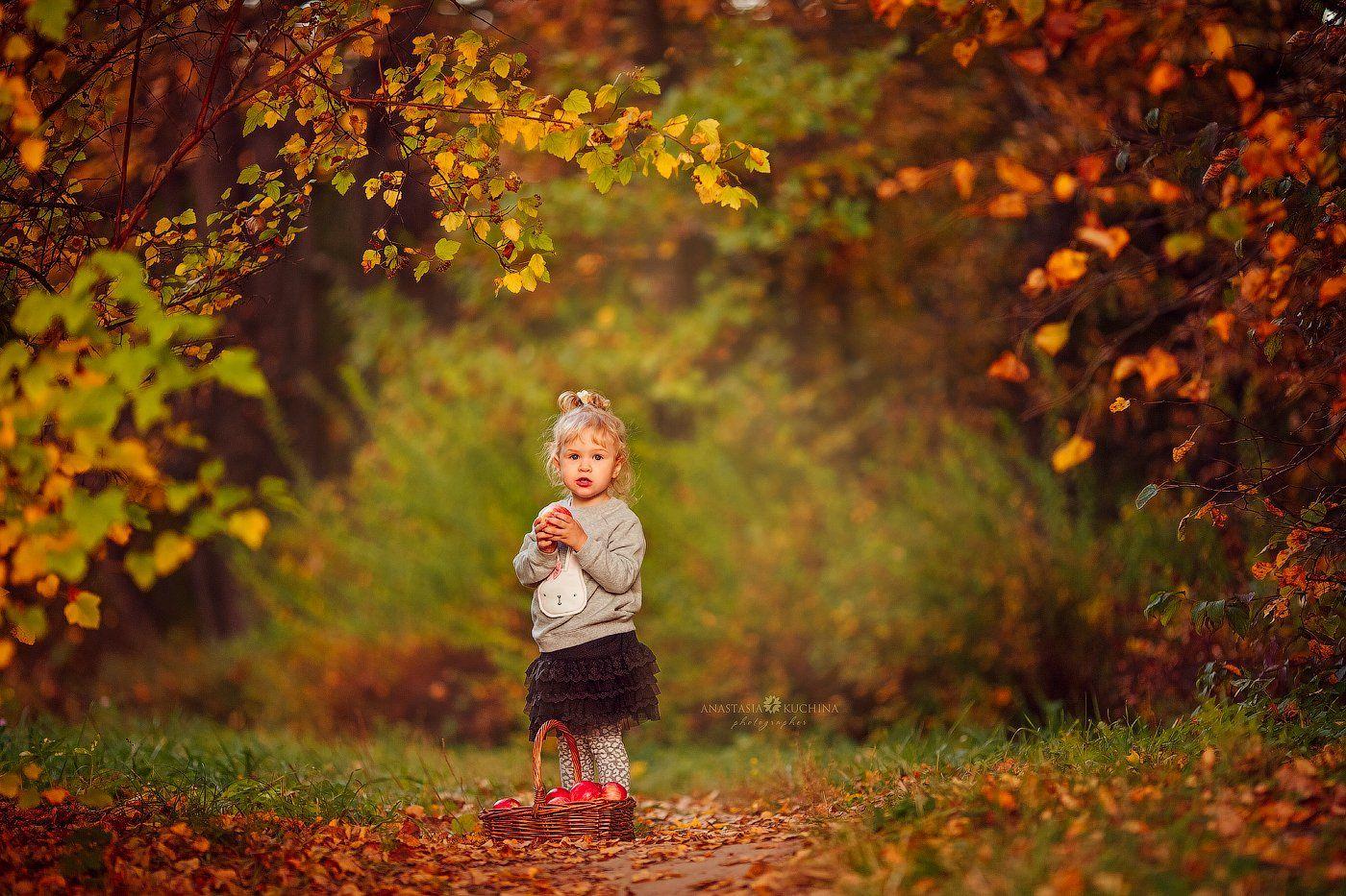 девочка, осень, прогулка, лес, Анастасия Кучина
