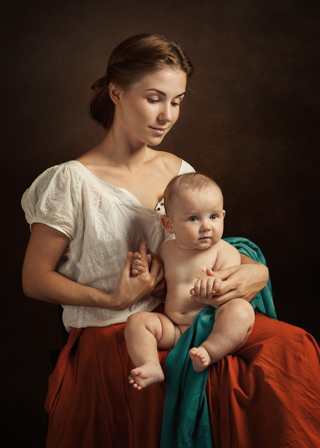 мать, младенец, ребёнок, женщина, картина, классический портрет, студия, рембрандт, свет, малыш, красное платье,, Любомил Владимирович