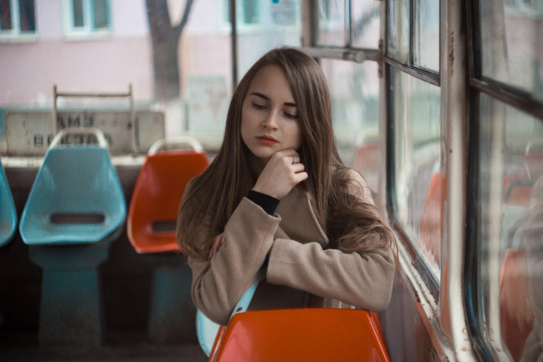 Портрет, фото, в трамвае, ретушь, объем, Вайнер Эльза