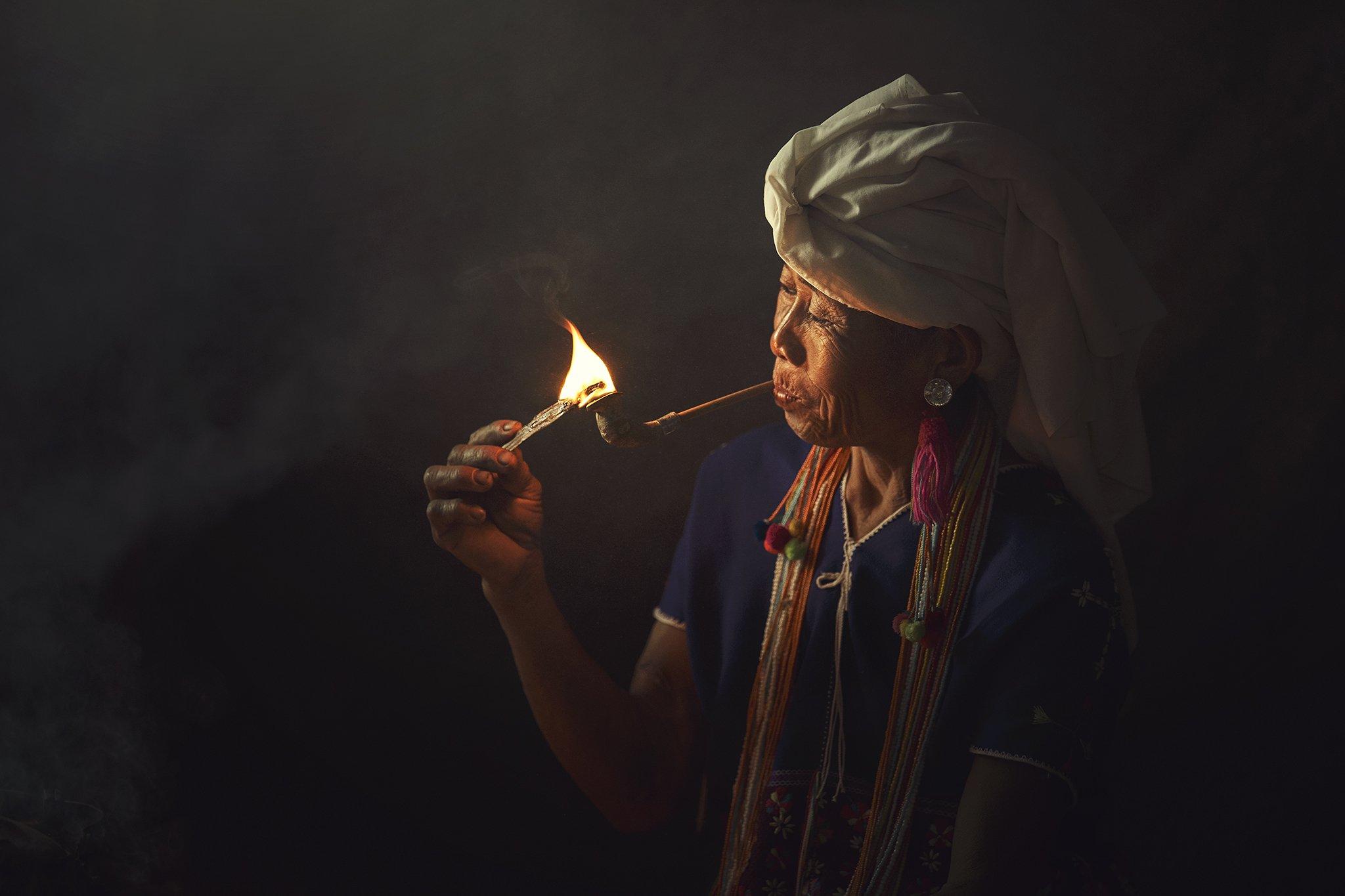 Asia, Asian, Chaina, Fire, Indoor, Light, Moning, Smoke, Thai, Woman, Saravut Whanset