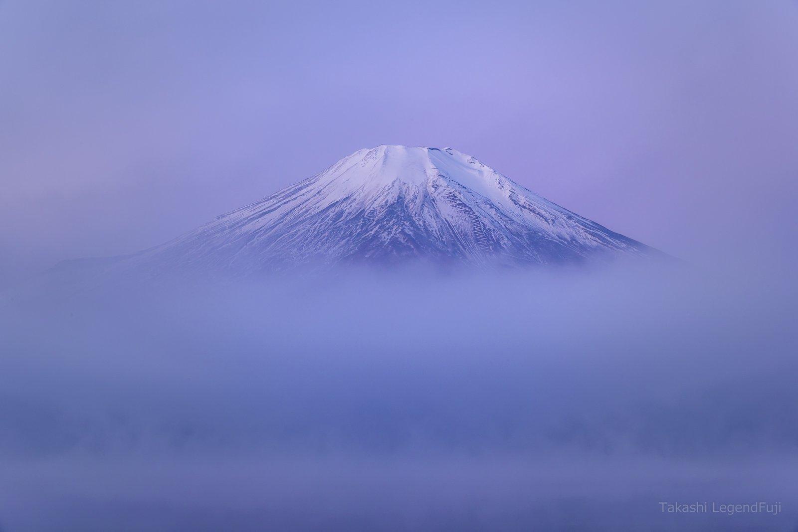 Fuji,mountain,landscape,cloud,fog,gas,lake,water,snow,peak,morning,dawn,white,blue,pink,Japan, Takashi