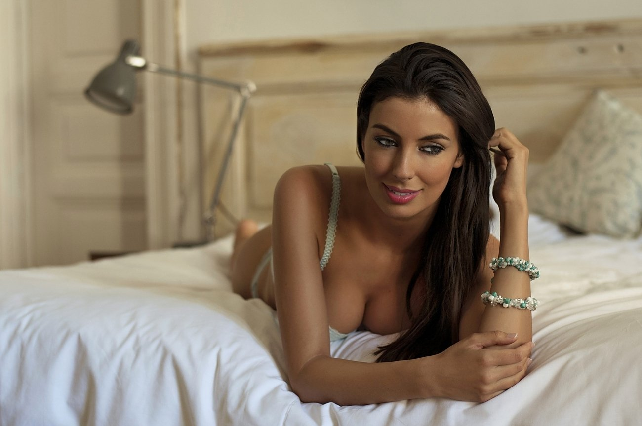 Beautiful, Bedroom, Color, Face, Fashion, Female, Glamour, Hair, Model, Sensuality, Sexy, Smile, Woman, Lajos Csáki