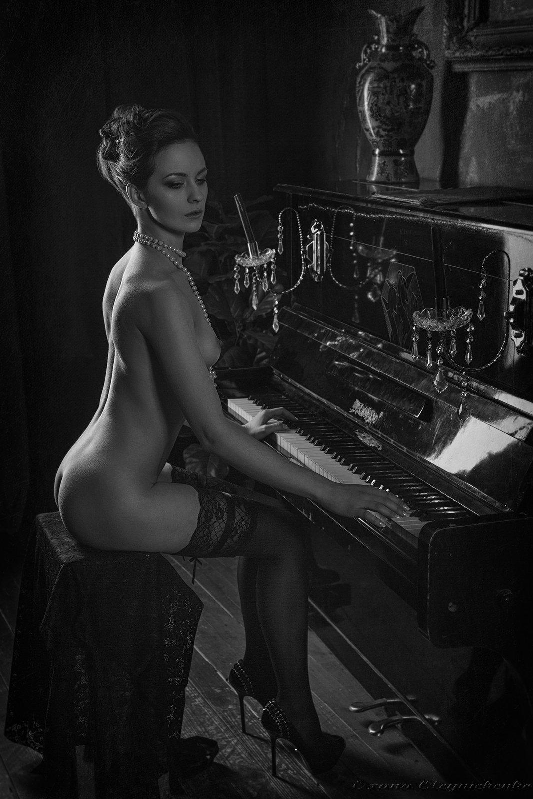 ню, модель, пианино, Оксана Олейниченко