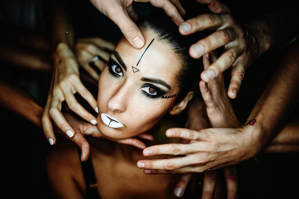 girl, hand, eyes, night, Бондарцова Екатерина
