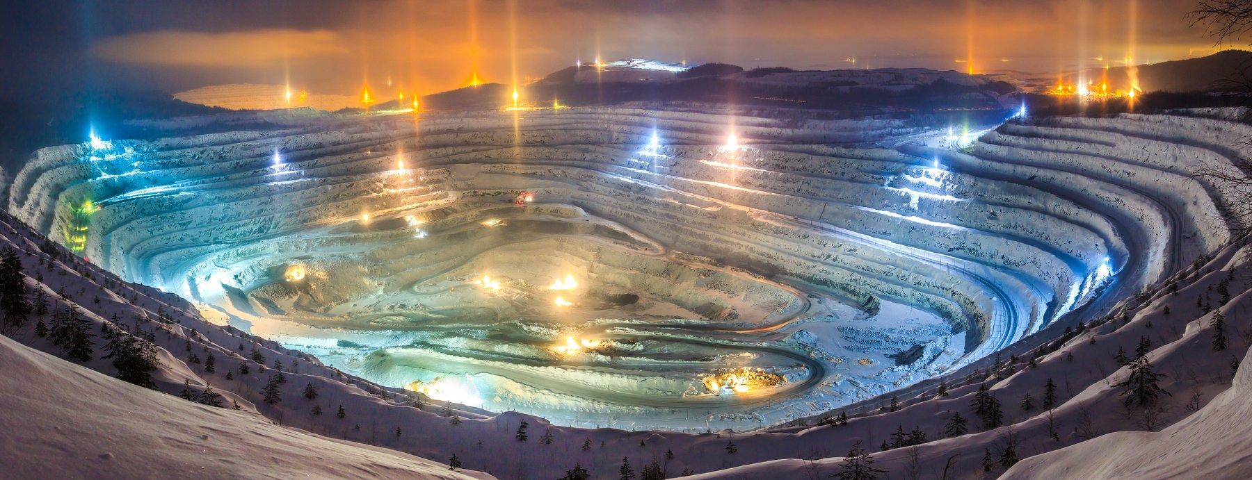 карьер, индастриал, ночной свет, гок, руда, разработка, зима, промышленность, евраз, индустрия, металлургия, производство, белаз, урал, качканар, Sergey Garifullin