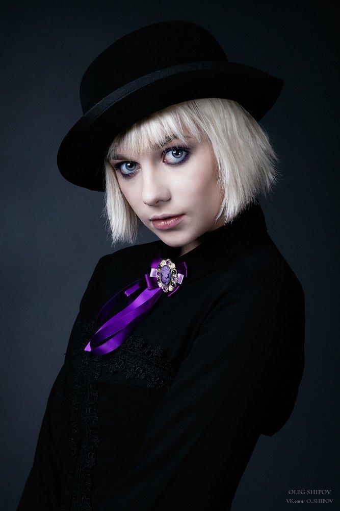 портрет девушки, Шипов Олег
