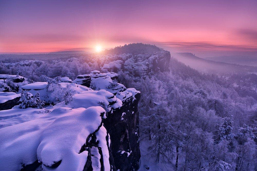 Czech republic, Ore mountains,  Elbe Sandstone,  Elbe Sandstone Mountains, travel, beautiful place, frost, frosty morning, snow, sun, sunrise, valley, tissa, fog, mist, trees, winter , Tomáš Morkes