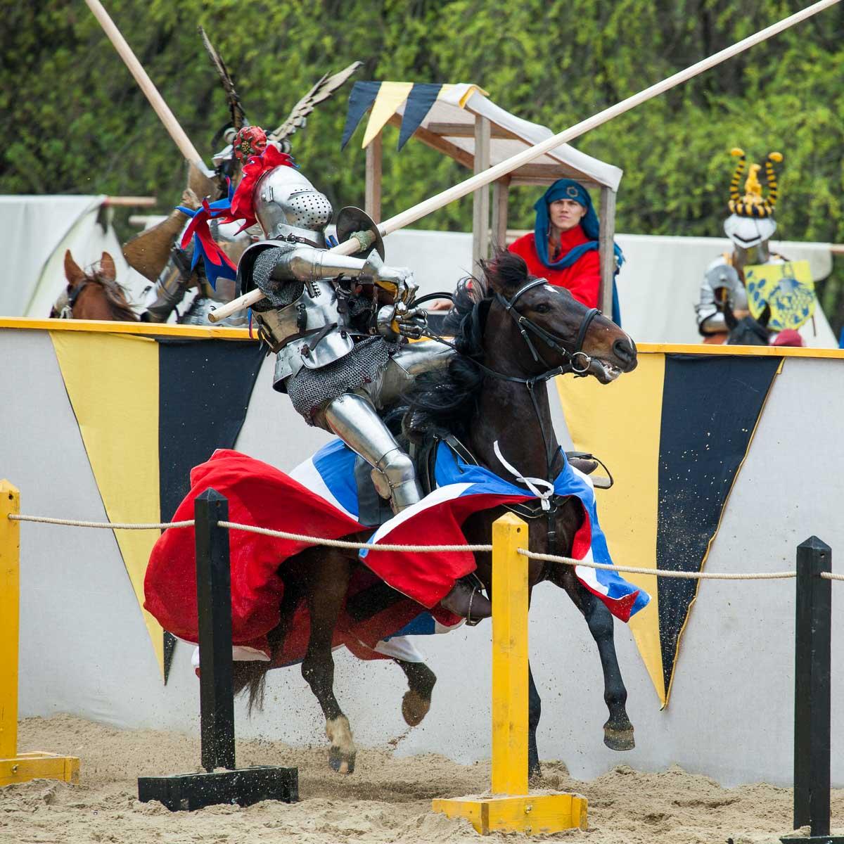турнир, рыцарь, всадник, лошадь, копье, схватка, сражение, Сергей Козинцев