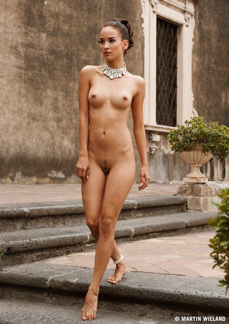 girl,nude,naked,palazzo,sicily,italy,martinwieland,photography, Martin Wieland
