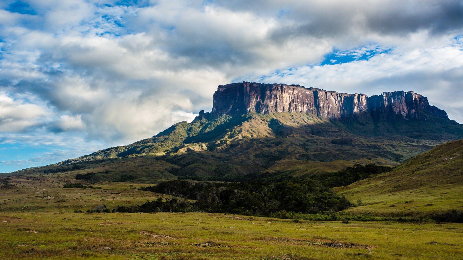 путешествия,природа,венесуэла,горы,тепуи,столовая гора,кукенан,лето, Пётр Перепеченко