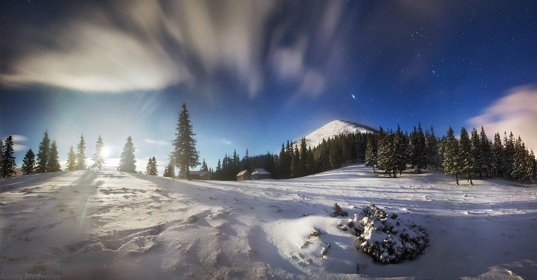 карпаты, украина, горы, зима, горганы, ночь, луна, восход, снег, звезды, Алексей Медведев