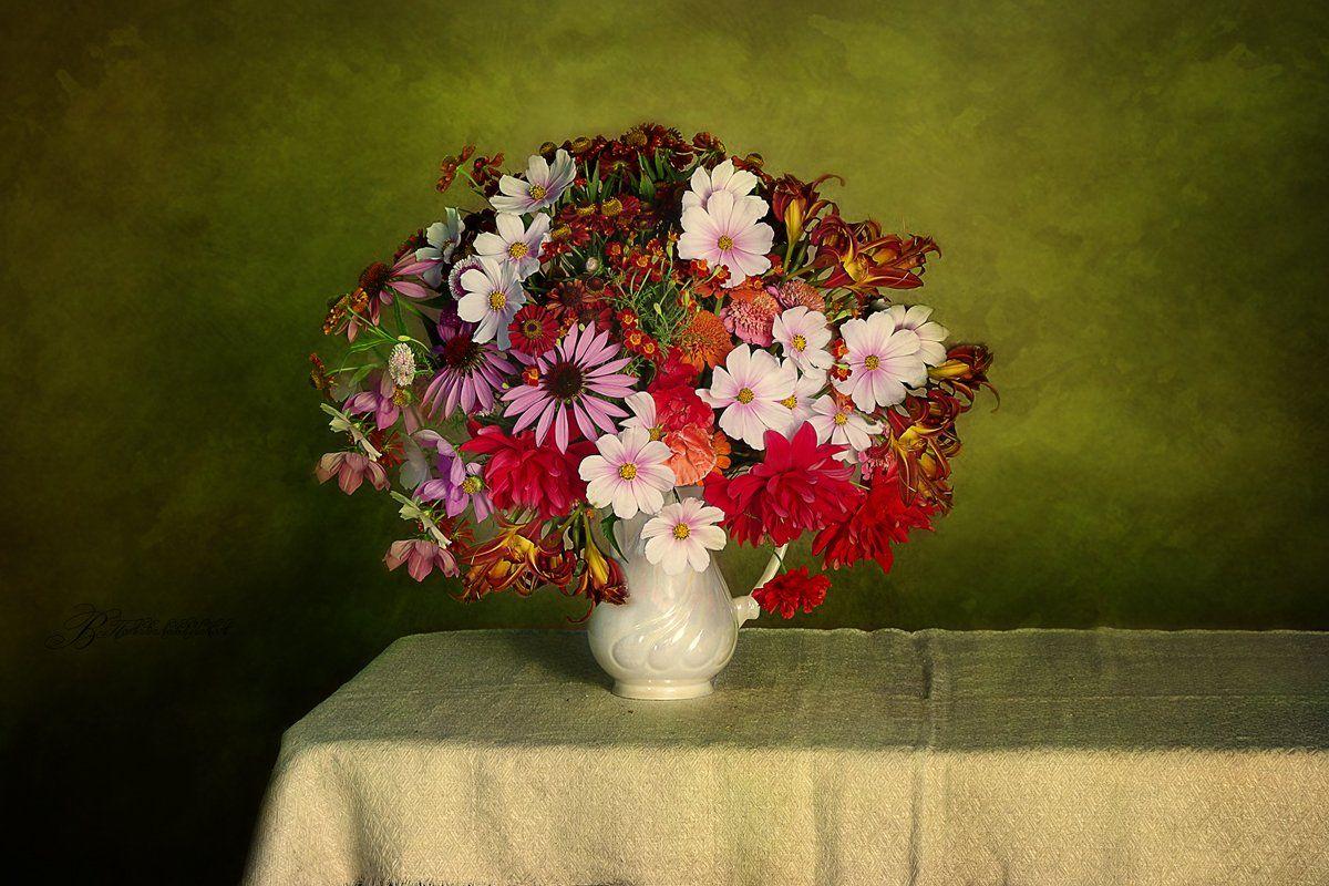 Натюрморт с цветами Вера Павлухина
