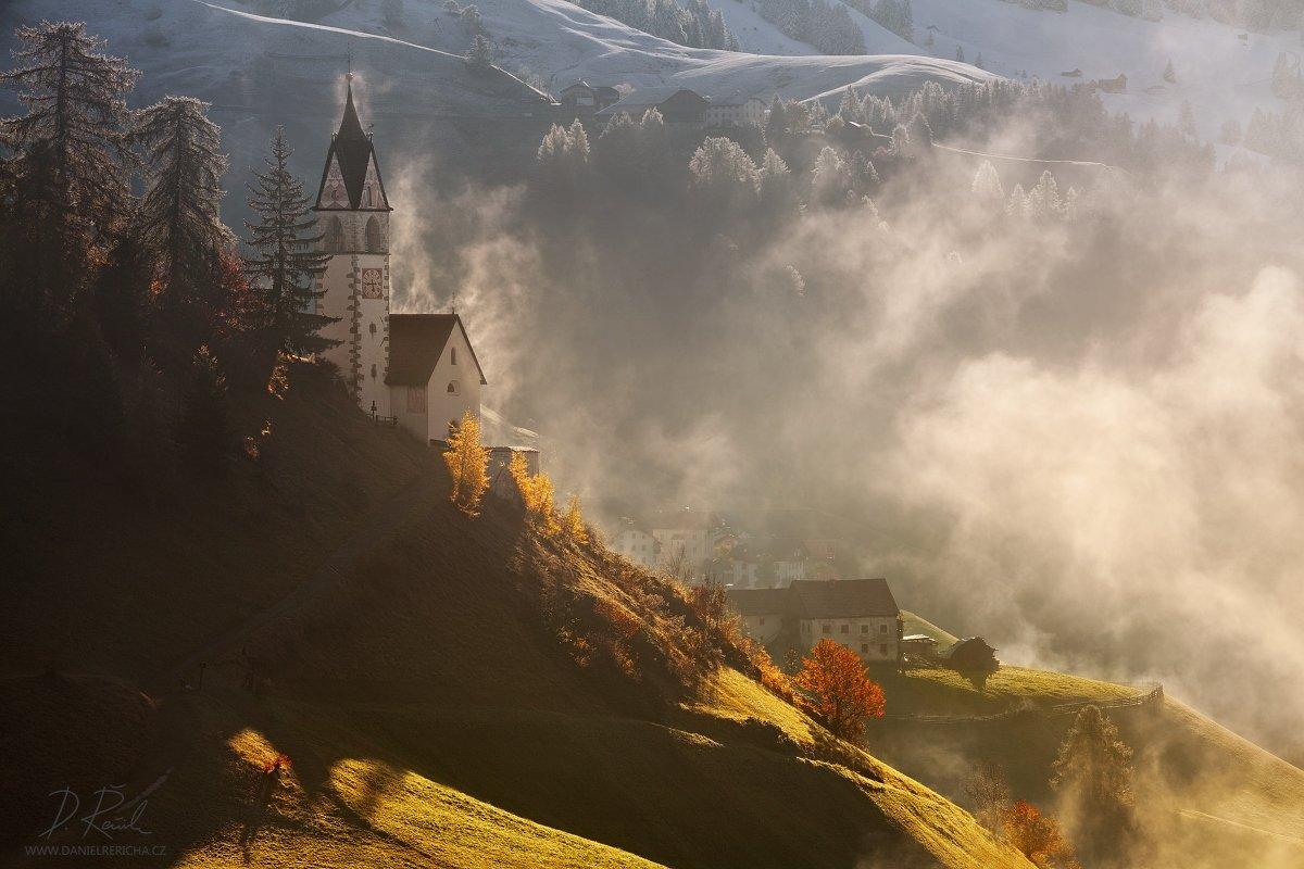 Italy, Italia, Italien, Dolomiti, Dolomites, Dolomiten, Wengen, Alta Badia, La Valle, Alpine Church, Alps, Alpen, autumn, autumn morning, mist, fog, church, danielrericha, Daniel Rericha