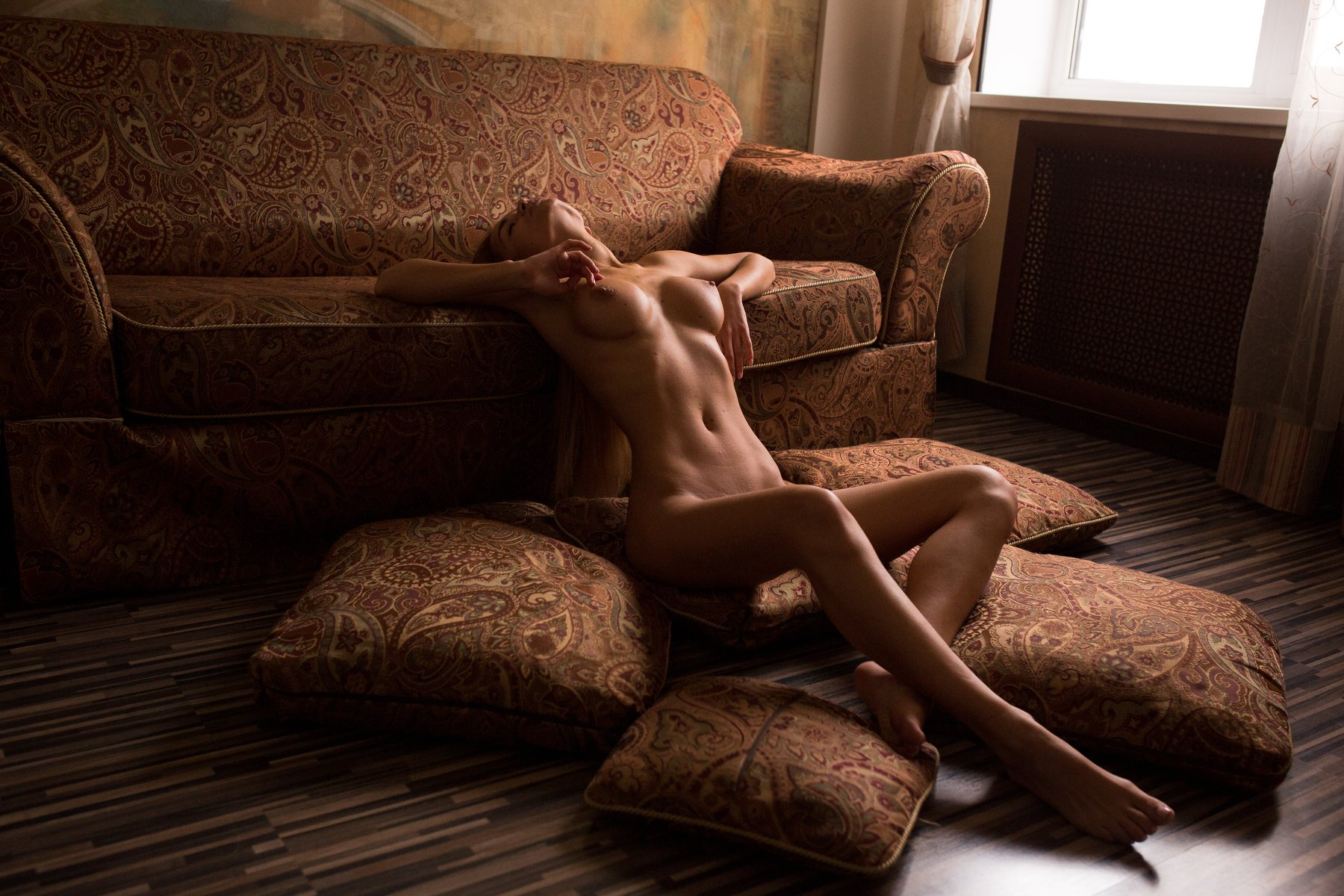 Glamour and nude photography