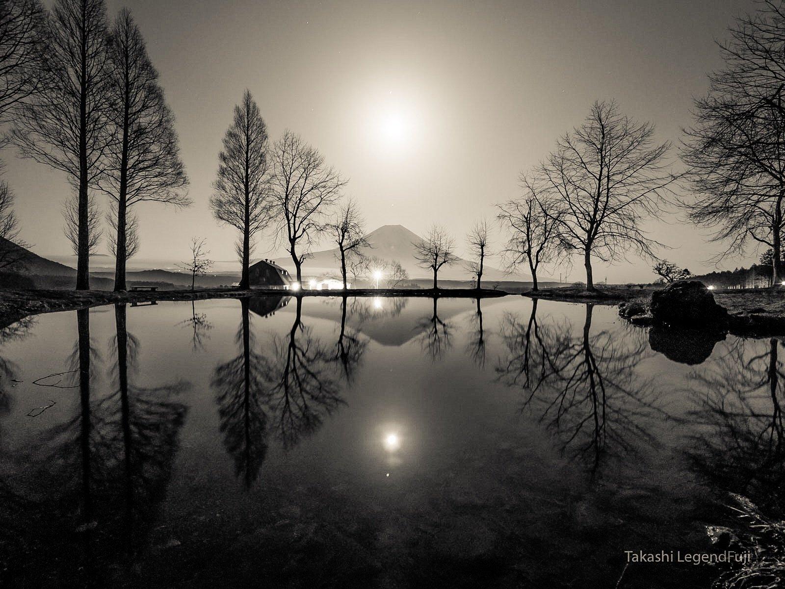 Fuji,mountain,night,tree,moon,Japan,water,reflection,beautiful,pond,lake,, Takashi