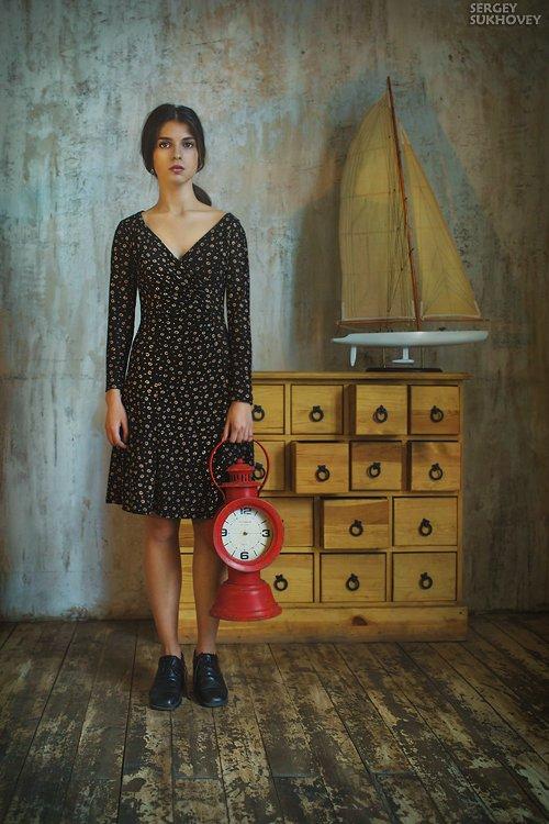 время, перемены, портрет в интерьере, приключения, путешествия, часы, Сергей Суховей