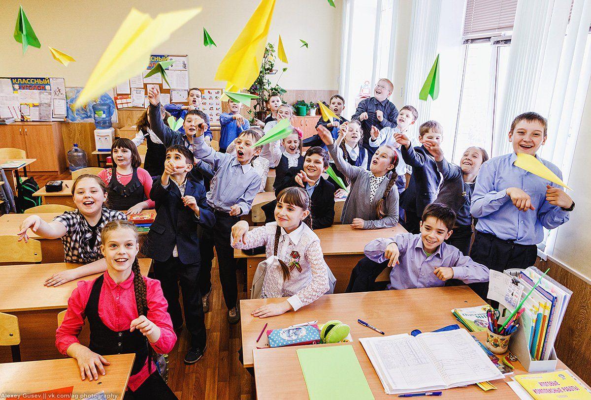 school,classroom,kids,class,summer,vacation,paper plane, Алексей Гусев