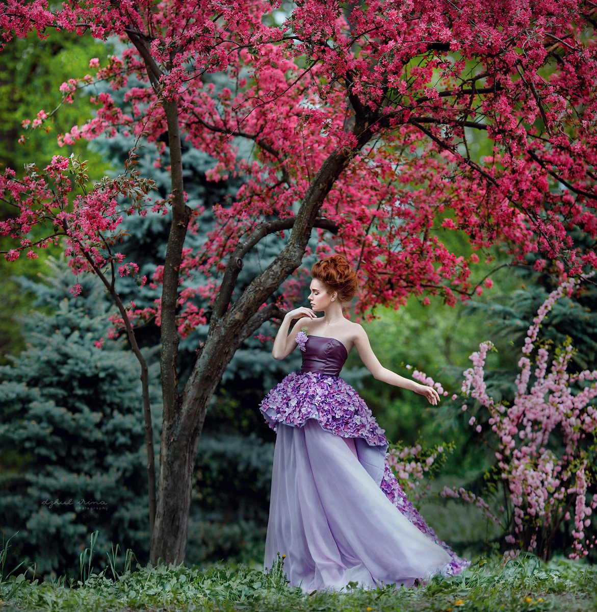 Colors, Dress, Dzhul irina, Flower, Girl, Green, Irinadzhul, People, Portrait, Red, Ирина Джуль