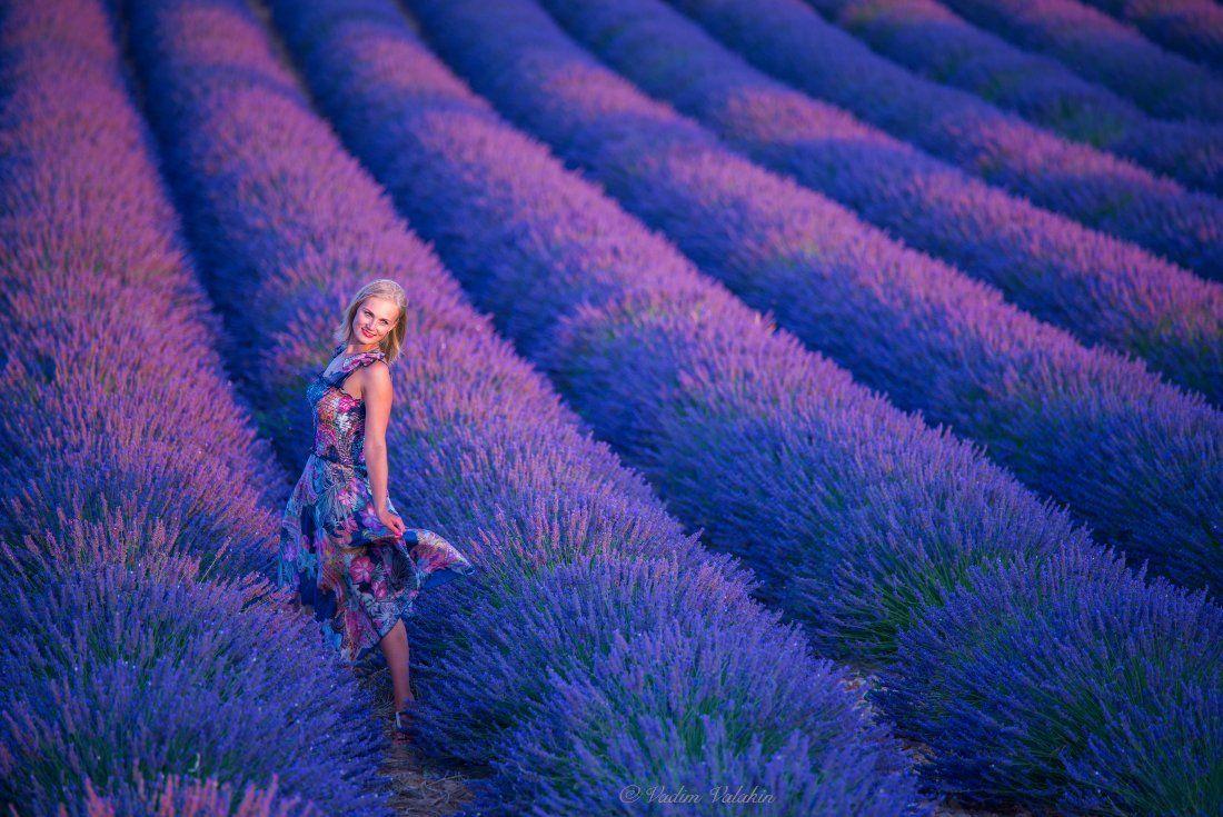 Девушка, Красивая девушка, Лаванда, Лето, Пейзаж, Прованс, Франция, Цветы, Вадим Балакин