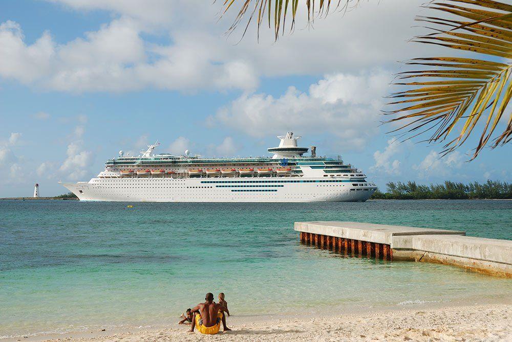 судно, корабль, пассажирский, лайнер, море, пляж, путешествия, туризм, bucanero