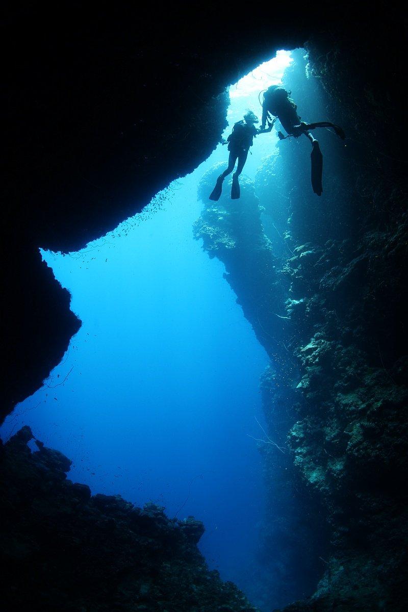 подводное, пещера,дайвинг, дайвер, свет,двое,Судан,море,Красное море, underwater,scuba,diving, Нарчук Андрей