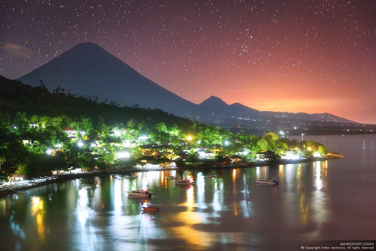 Индонезия, Бали, Азия, путешествия, ночь, звезды, пляж, пейзаж, вулкан, Агунг, Амед, , Антон Янковой (www.photo-travel.com)