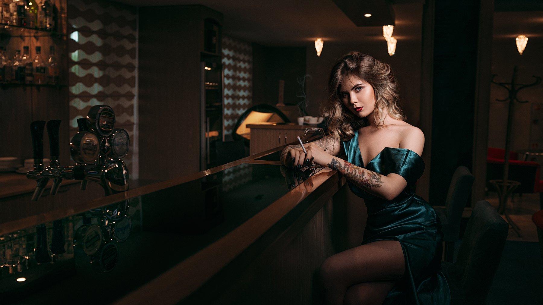 nikon, d800, 35mm, отель, портрет, девушка, бар, 2016, Новицкий Илья